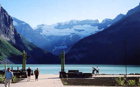 Photo: Lake Louise, Banff National Park, Alberta, Canadian Rockies.  Photo: Copyright 2006 S.G.P.  All Rights Reserved.