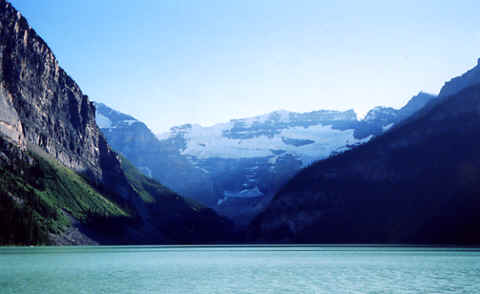 Photo: Lake Louise, Banff National Park, Canadian Rockies.  Photo Copyright 2006 S.G.P.  All Rights Reserved.